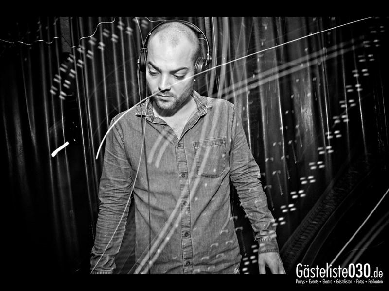 https://www.gaesteliste030.de/Partyfoto #2 Asphalt Berlin vom 19.10.2013