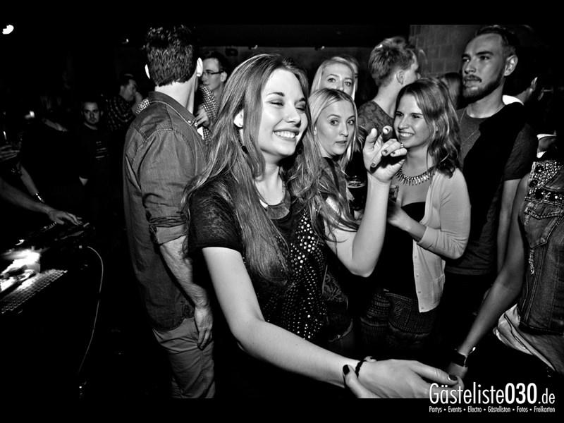 https://www.gaesteliste030.de/Partyfoto #98 Asphalt Berlin vom 19.10.2013