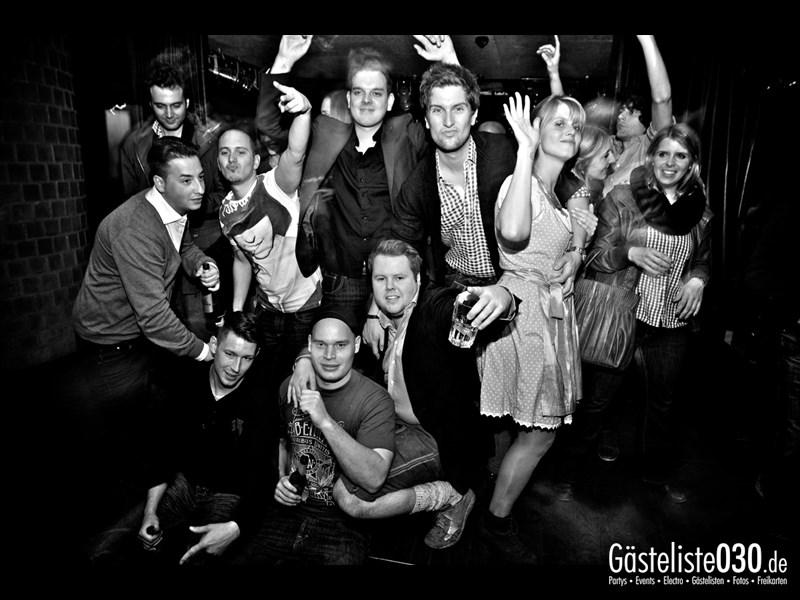 https://www.gaesteliste030.de/Partyfoto #92 Asphalt Berlin vom 19.10.2013