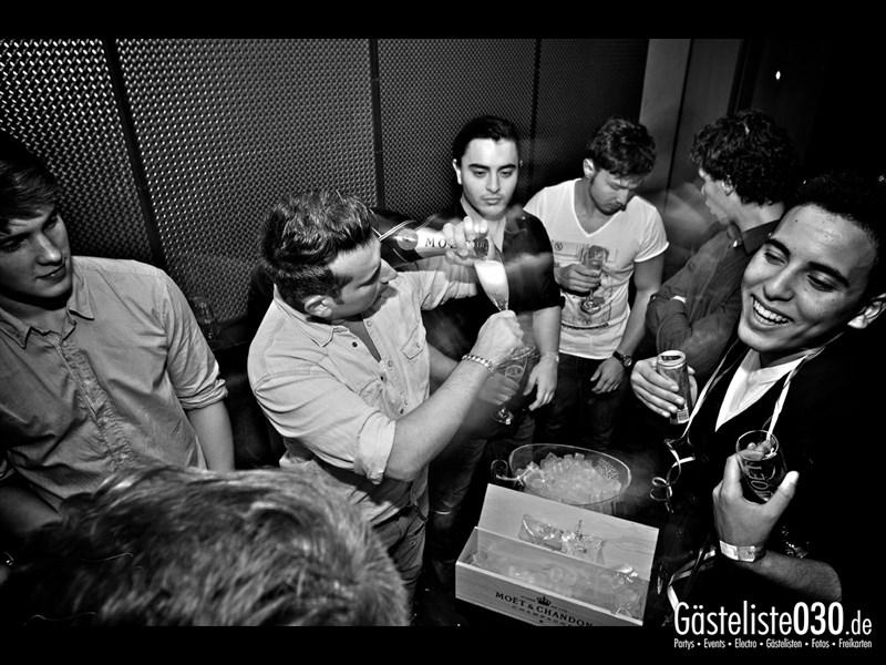 https://www.gaesteliste030.de/Partyfoto #8 Asphalt Berlin vom 19.10.2013