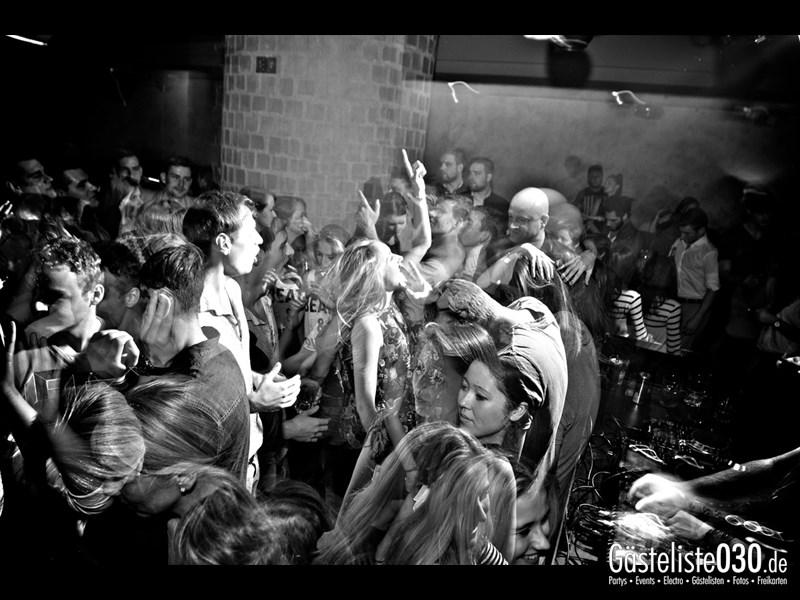 https://www.gaesteliste030.de/Partyfoto #52 Asphalt Berlin vom 19.10.2013