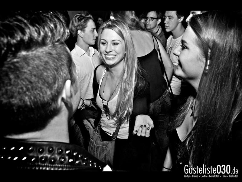 https://www.gaesteliste030.de/Partyfoto #40 Asphalt Berlin vom 19.10.2013