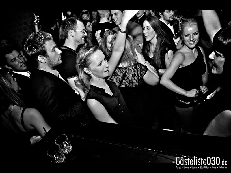 https://www.gaesteliste030.de/Partyfoto #65 Asphalt Berlin vom 19.10.2013