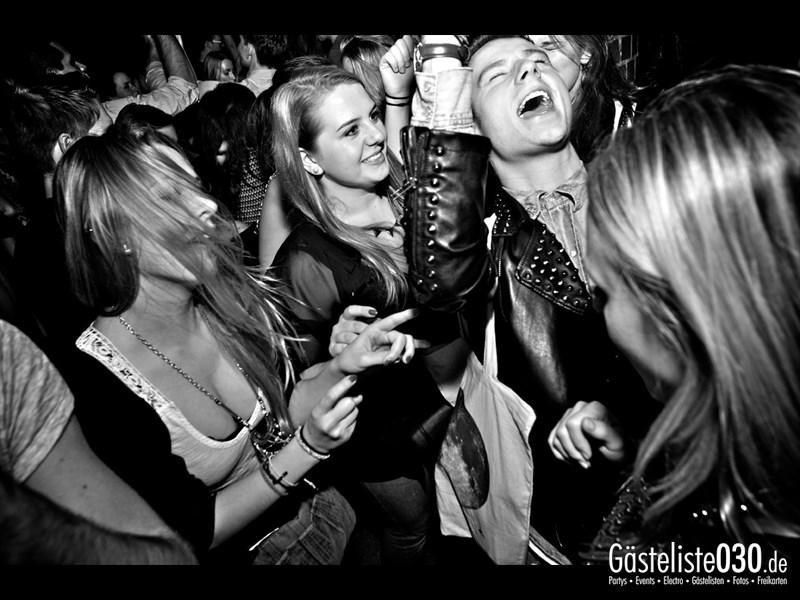 https://www.gaesteliste030.de/Partyfoto #28 Asphalt Berlin vom 19.10.2013