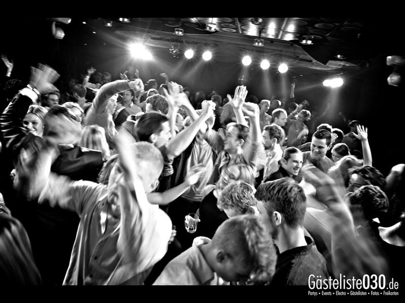 https://www.gaesteliste030.de/Partyfoto #114 Asphalt Berlin vom 19.10.2013