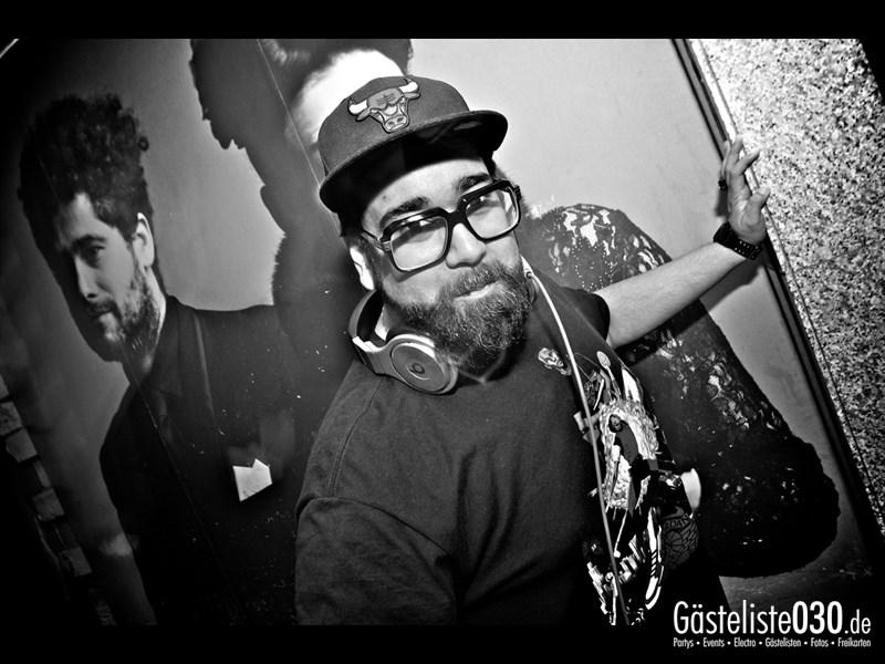 https://www.gaesteliste030.de/Partyfoto #121 Asphalt Berlin vom 19.10.2013