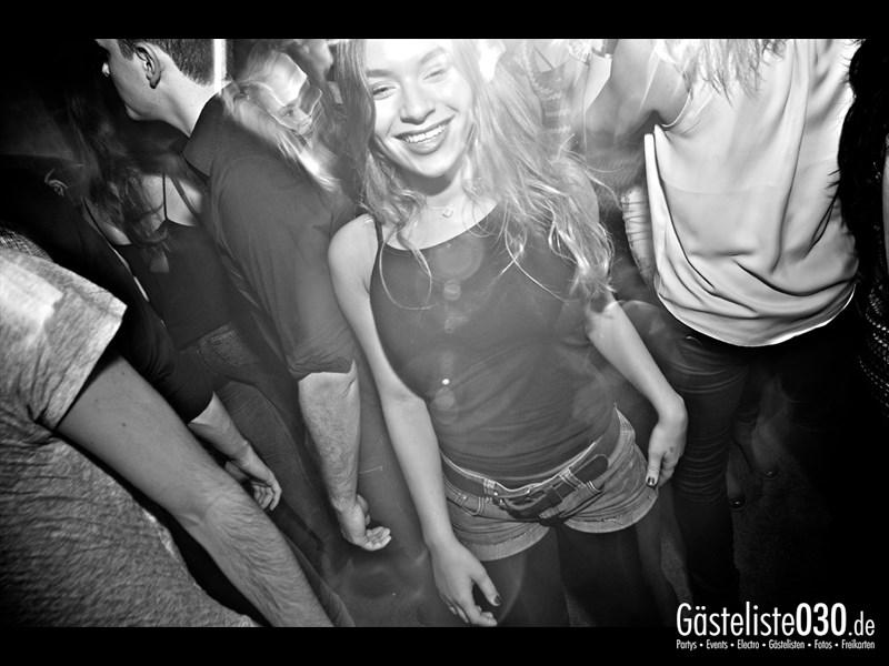 https://www.gaesteliste030.de/Partyfoto #20 Asphalt Berlin vom 19.10.2013