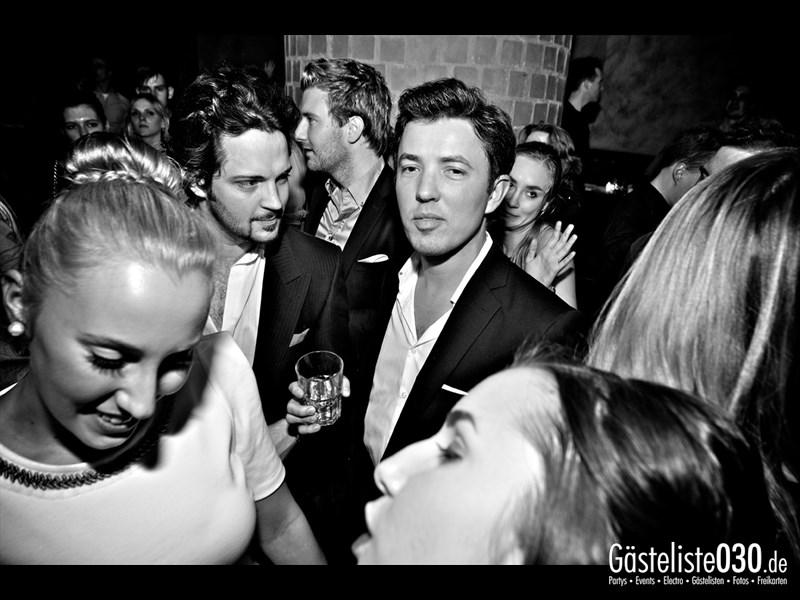 https://www.gaesteliste030.de/Partyfoto #112 Asphalt Berlin vom 19.10.2013