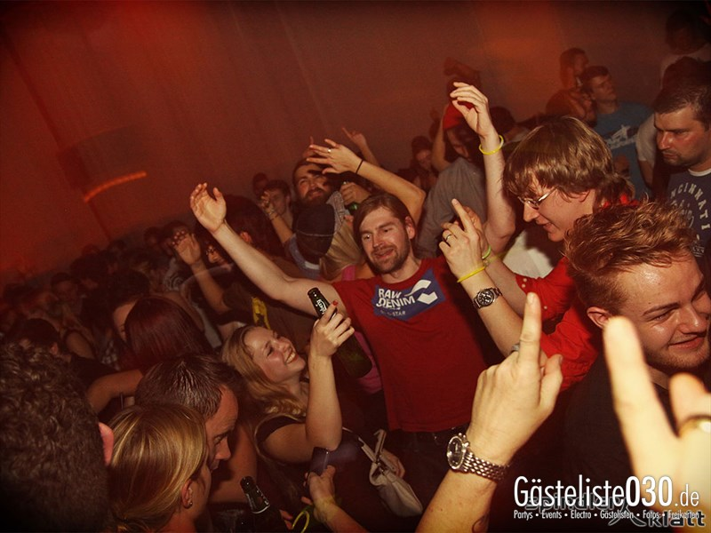 https://www.gaesteliste030.de/Partyfoto #42 Spindler & Klatt Berlin vom 19.10.2013