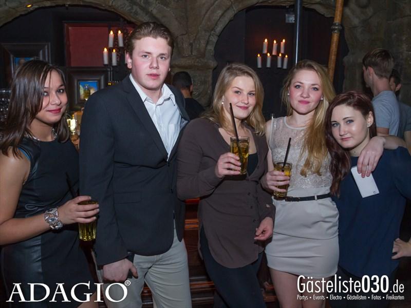 https://www.gaesteliste030.de/Partyfoto #22 Adagio Berlin vom 01.11.2013
