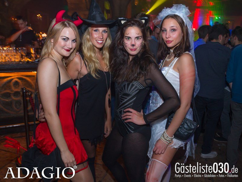https://www.gaesteliste030.de/Partyfoto #21 Adagio Berlin vom 01.11.2013