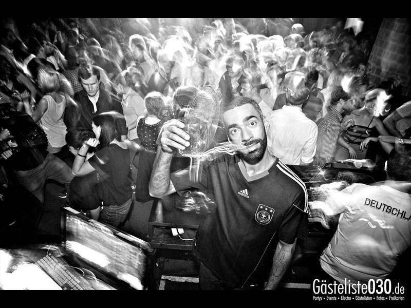 https://www.gaesteliste030.de/Partyfoto #24 Asphalt Berlin vom 03.10.2013