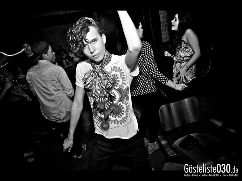 https://www.gaesteliste030.de/Partyfoto #72 Asphalt Berlin vom 03.10.2013