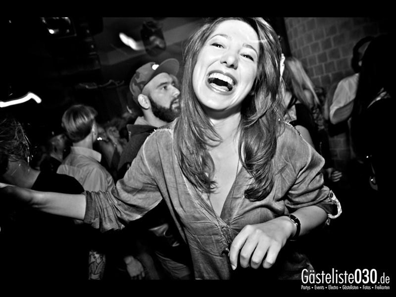 https://www.gaesteliste030.de/Partyfoto #79 Asphalt Berlin vom 03.10.2013