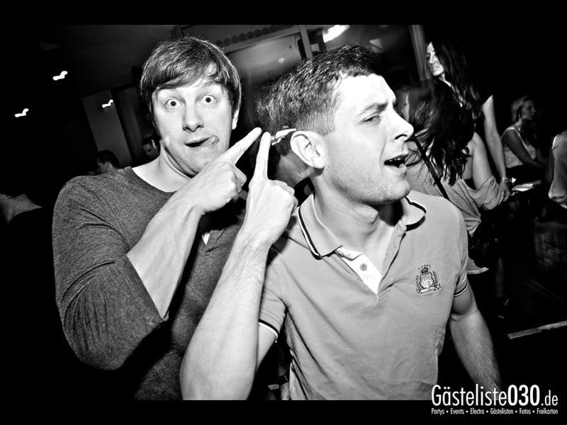 https://www.gaesteliste030.de/Partyfoto #48 Asphalt Berlin vom 03.10.2013