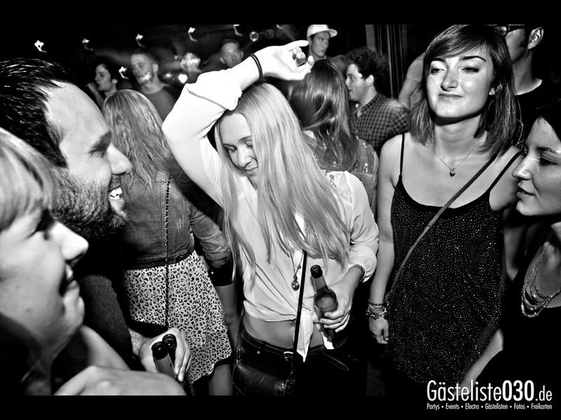 https://www.gaesteliste030.de/Partyfoto #51 Asphalt Berlin vom 03.10.2013