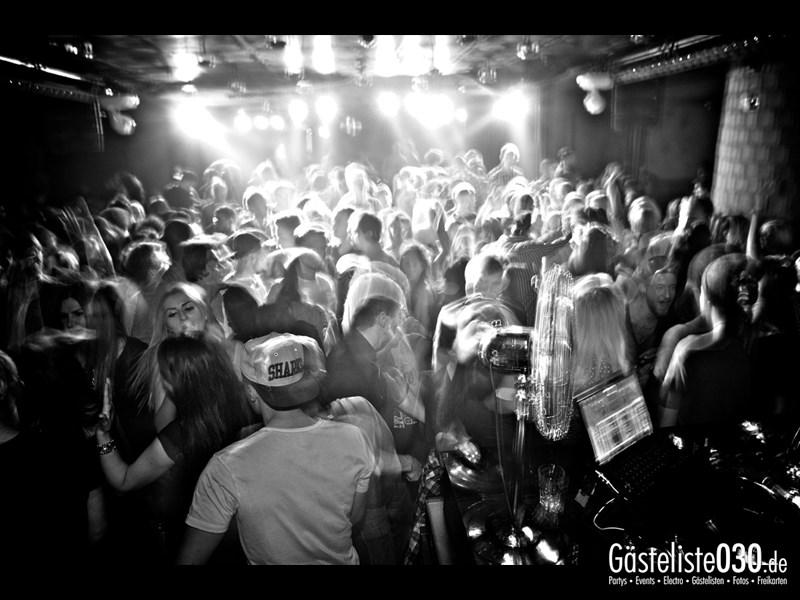 https://www.gaesteliste030.de/Partyfoto #12 Asphalt Berlin vom 03.10.2013