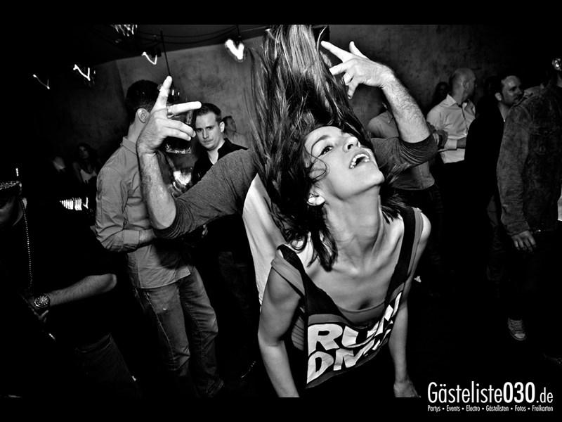 https://www.gaesteliste030.de/Partyfoto #18 Asphalt Berlin vom 03.10.2013