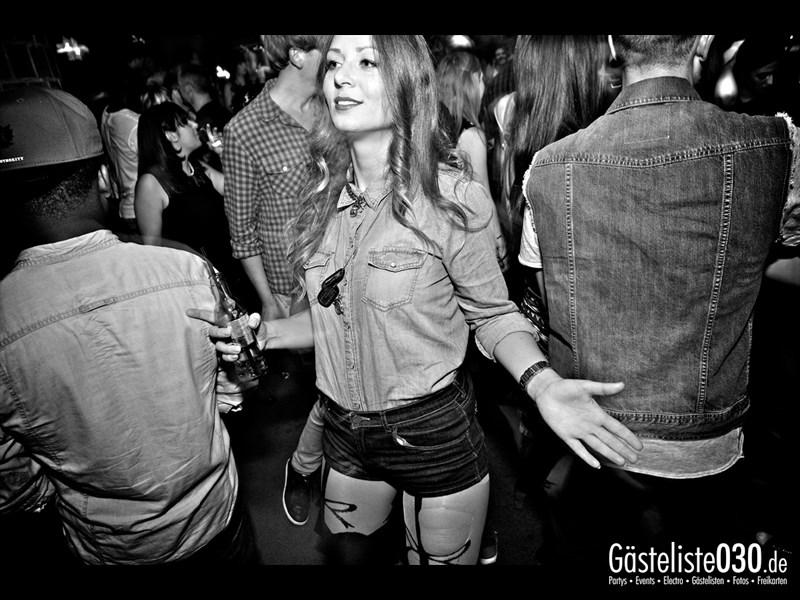 https://www.gaesteliste030.de/Partyfoto #31 Asphalt Berlin vom 03.10.2013