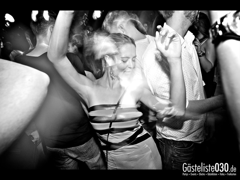 https://www.gaesteliste030.de/Partyfoto #4 Asphalt Berlin vom 03.10.2013