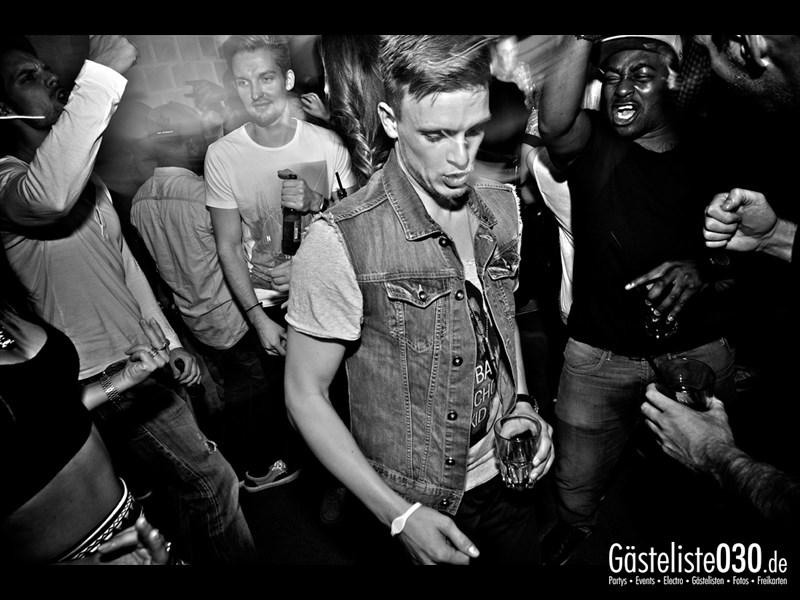 https://www.gaesteliste030.de/Partyfoto #22 Asphalt Berlin vom 03.10.2013