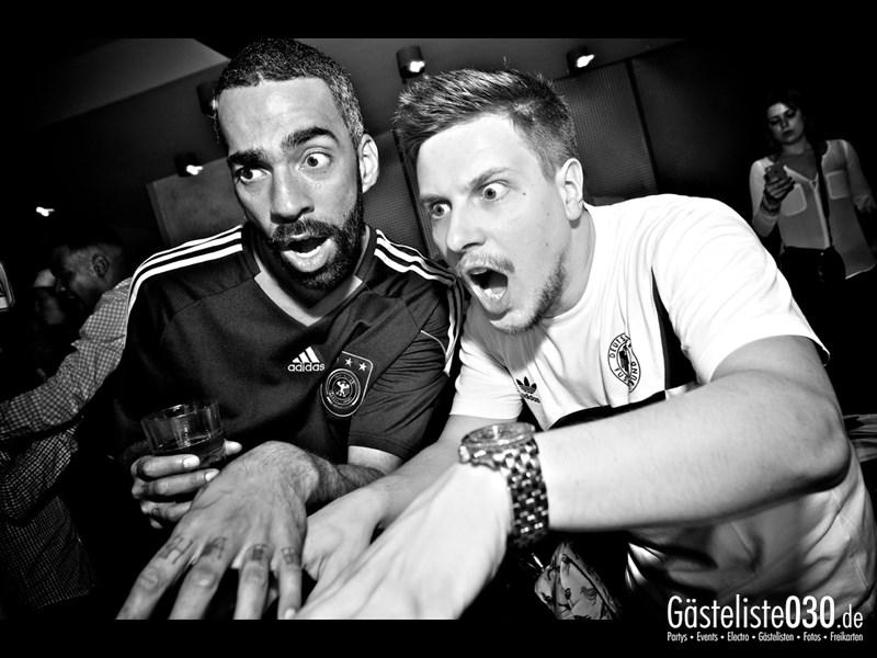 https://www.gaesteliste030.de/Partyfoto #5 Asphalt Berlin vom 03.10.2013