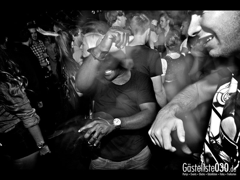 https://www.gaesteliste030.de/Partyfoto #21 Asphalt Berlin vom 03.10.2013