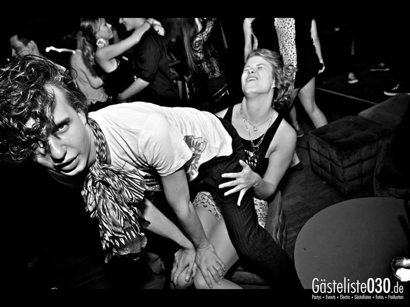 https://www.gaesteliste030.de/Partyfoto #16 Asphalt Berlin vom 03.10.2013