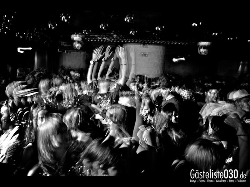 https://www.gaesteliste030.de/Partyfoto #15 Asphalt Berlin vom 03.10.2013
