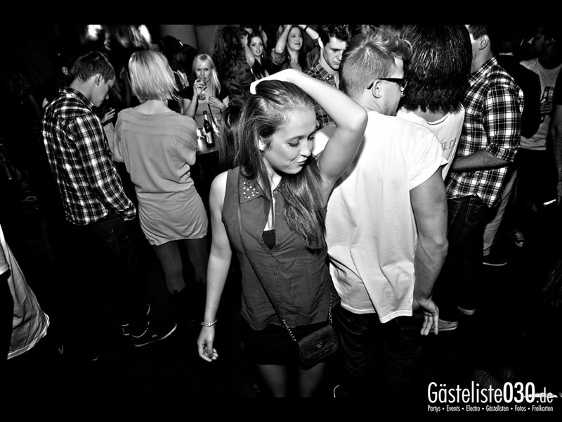 https://www.gaesteliste030.de/Partyfoto #96 Asphalt Berlin vom 03.10.2013