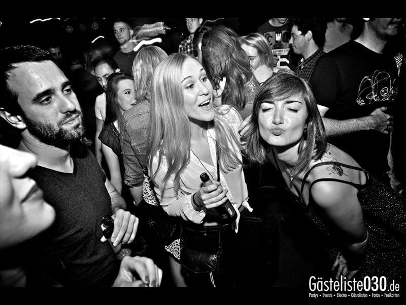 https://www.gaesteliste030.de/Partyfoto #50 Asphalt Berlin vom 03.10.2013