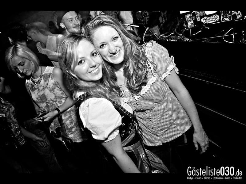 https://www.gaesteliste030.de/Partyfoto #60 Asphalt Berlin vom 03.10.2013