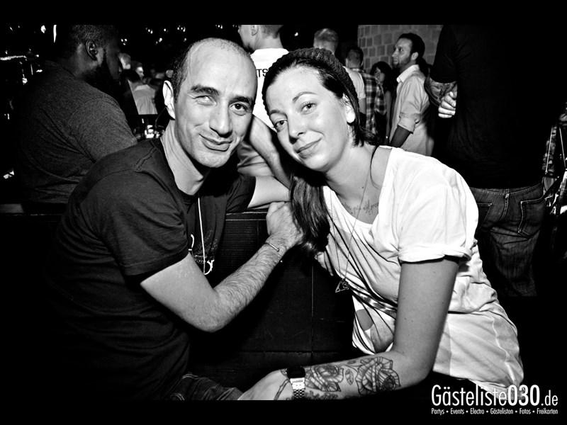 https://www.gaesteliste030.de/Partyfoto #62 Asphalt Berlin vom 03.10.2013