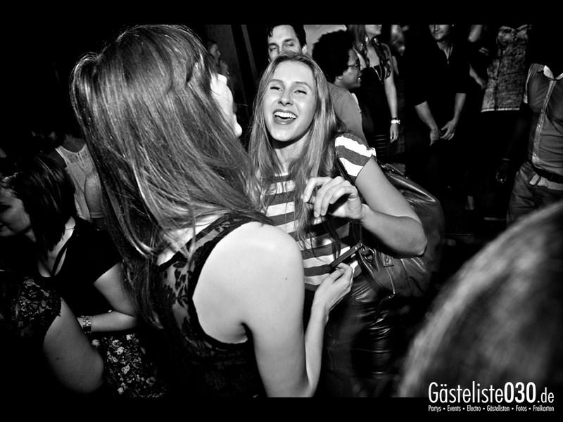 https://www.gaesteliste030.de/Partyfoto #64 Asphalt Berlin vom 11.10.2013