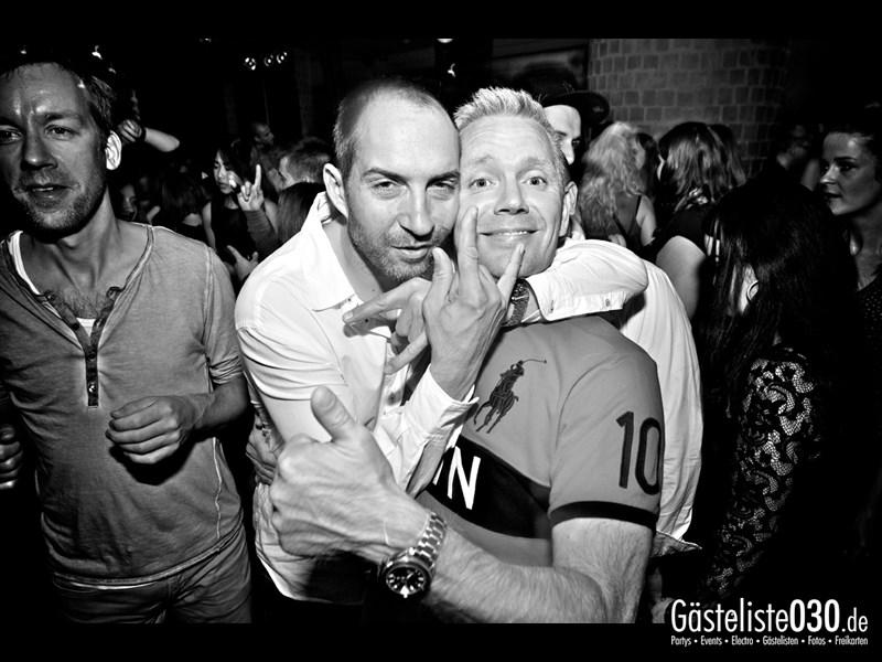 https://www.gaesteliste030.de/Partyfoto #37 Asphalt Berlin vom 11.10.2013