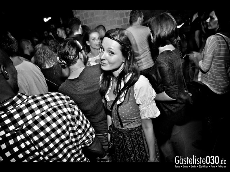 https://www.gaesteliste030.de/Partyfoto #58 Asphalt Berlin vom 11.10.2013