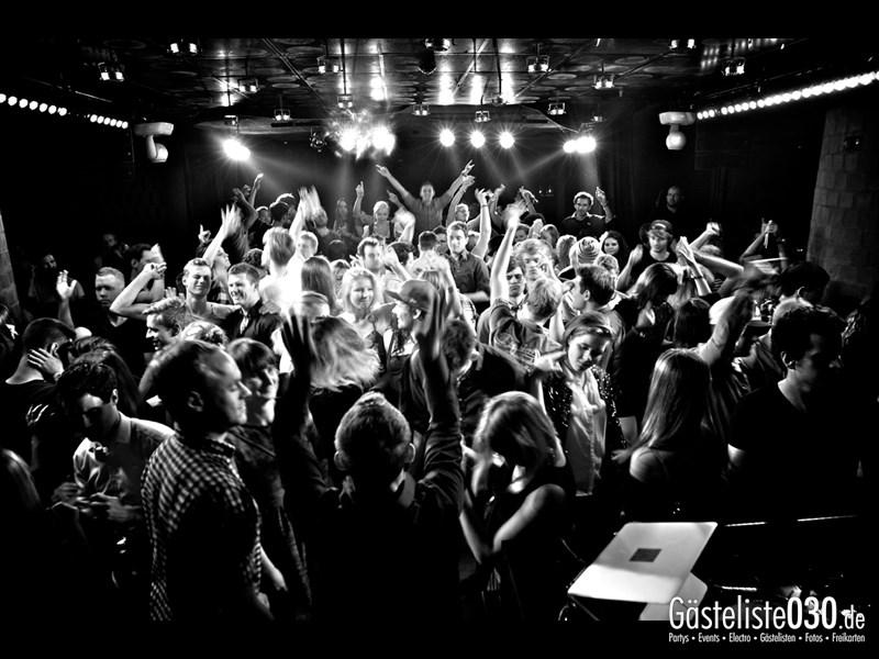 https://www.gaesteliste030.de/Partyfoto #73 Asphalt Berlin vom 11.10.2013
