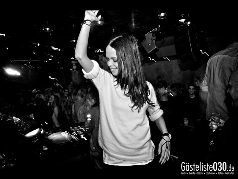 https://www.gaesteliste030.de/Partyfoto #38 Asphalt Berlin vom 11.10.2013