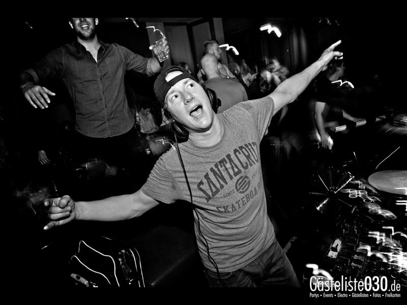https://www.gaesteliste030.de/Partyfoto #101 Asphalt Berlin vom 11.10.2013