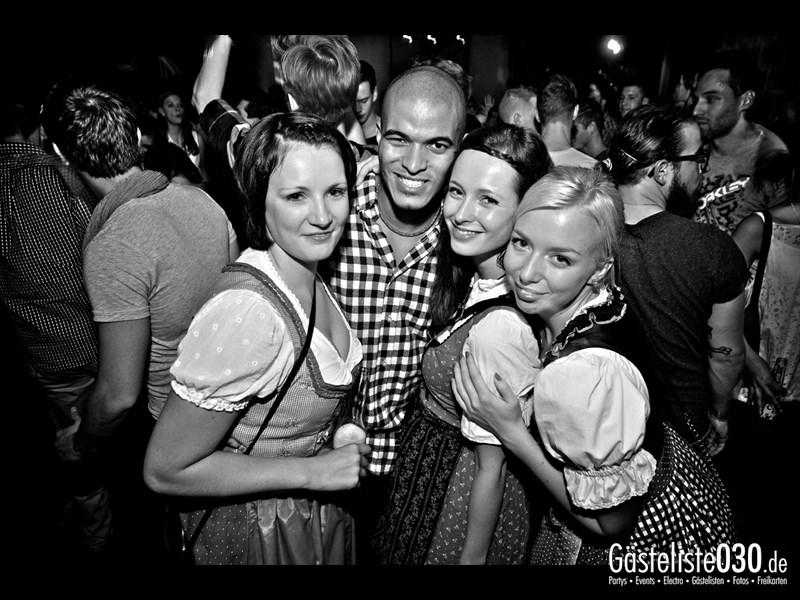 https://www.gaesteliste030.de/Partyfoto #60 Asphalt Berlin vom 11.10.2013