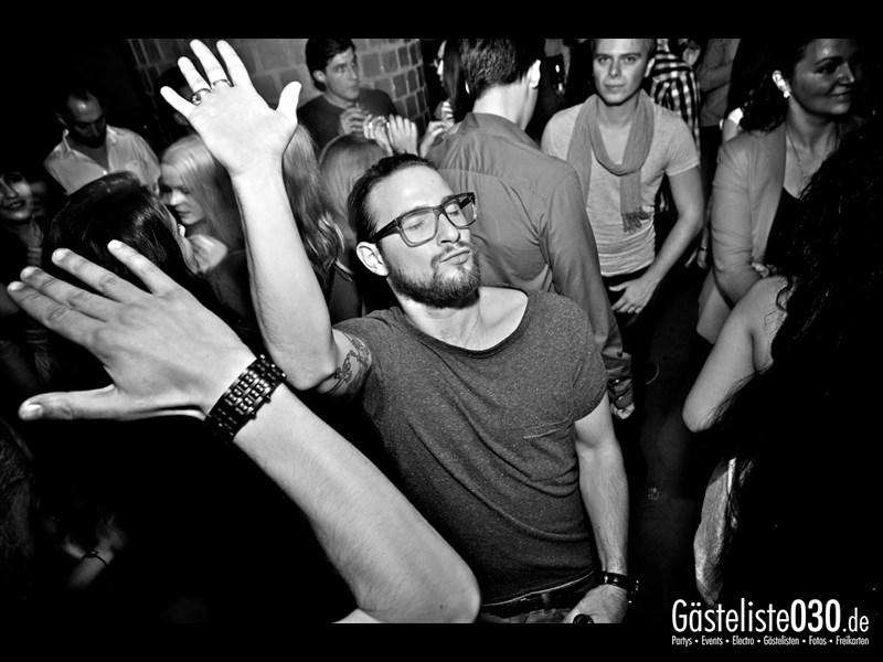 https://www.gaesteliste030.de/Partyfoto #34 Asphalt Berlin vom 11.10.2013