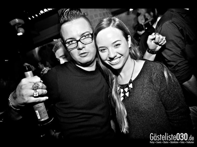 https://www.gaesteliste030.de/Partyfoto #97 Asphalt Berlin vom 11.10.2013