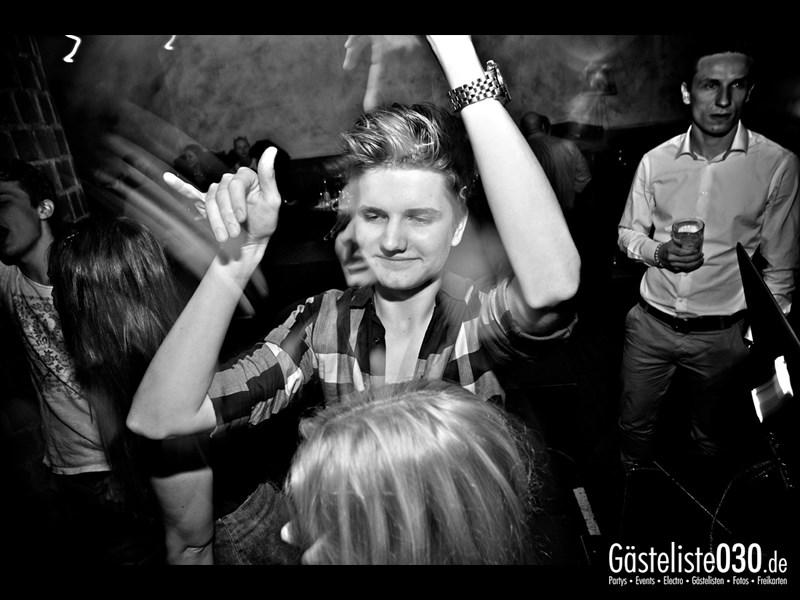 https://www.gaesteliste030.de/Partyfoto #18 Asphalt Berlin vom 11.10.2013