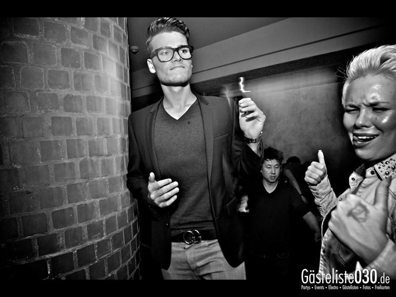 https://www.gaesteliste030.de/Partyfoto #53 Asphalt Berlin vom 11.10.2013