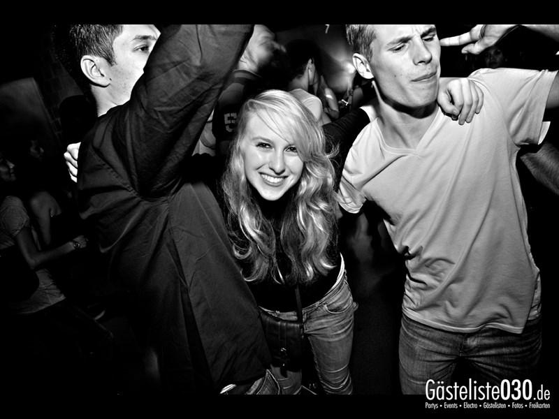 https://www.gaesteliste030.de/Partyfoto #15 Asphalt Berlin vom 11.10.2013