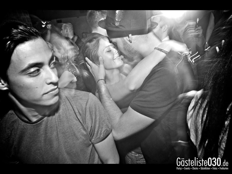 https://www.gaesteliste030.de/Partyfoto #49 Asphalt Berlin vom 11.10.2013