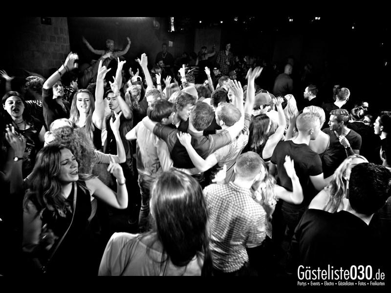 https://www.gaesteliste030.de/Partyfoto #87 Asphalt Berlin vom 11.10.2013