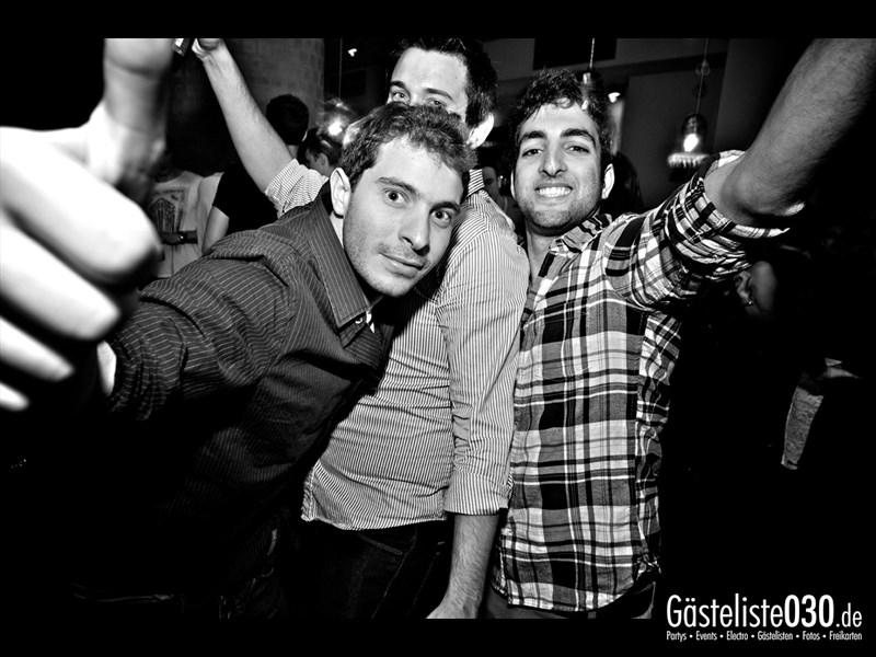 https://www.gaesteliste030.de/Partyfoto #6 Asphalt Berlin vom 11.10.2013
