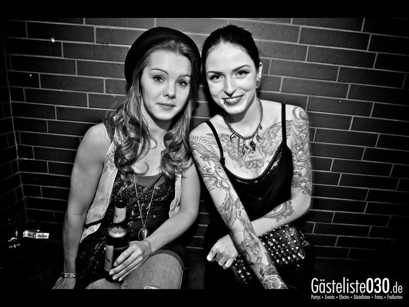 https://www.gaesteliste030.de/Partyfoto #8 Asphalt Berlin vom 11.10.2013