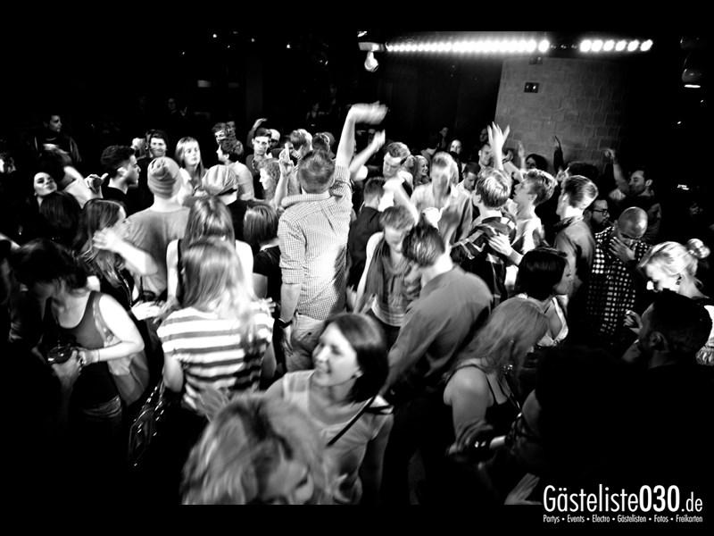 https://www.gaesteliste030.de/Partyfoto #57 Asphalt Berlin vom 11.10.2013